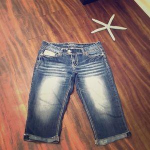 Vanity Capri Jeans Size 29